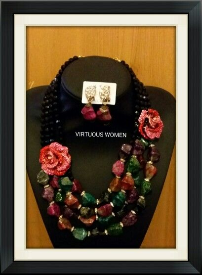 Pink rose african necklace