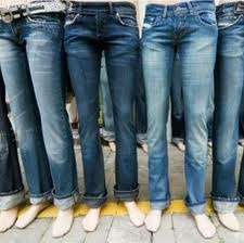 I live in jeans.  :)A Mini-Saia Jeans, Style, Amber Art, Denim Cladding, Jeans Genie, Denim Inspiration, Jeansa Metaphors, Perfect 247, Perfect Relationships