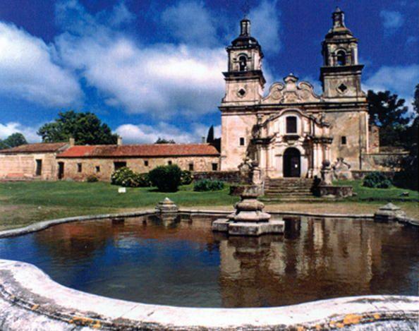 995. Jesuit Block and Estancias of Córdoba (2000)