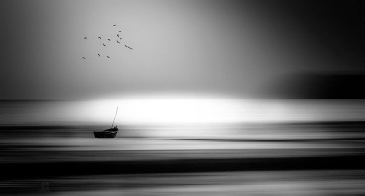 By Kai Hirai, excellent use of lateral blur to highlight the subject