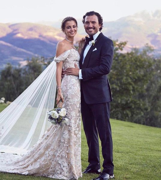 She's the daughter of a bridal gown impresario so you'd expect nothing less of Gabriela Palatchi on her big day