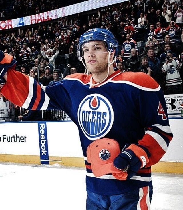 Taylor Hall   Edmonton Oilers