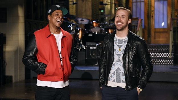 News Videos & more -  Jay-Z Rocked A Kaepernick Jersey For His Return To SNL #Music #Videos #News Check more at https://rockstarseo.ca/jay-z-rocked-a-kaepernick-jersey-for-his-return-to-snl/