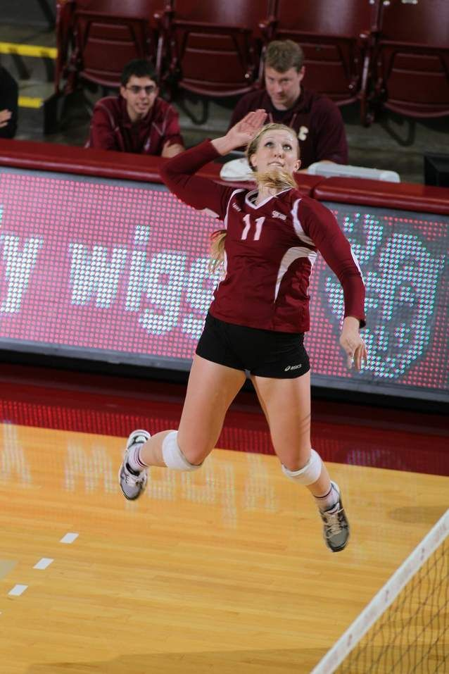 Volleyball To The Face The College Of Charleston Volleyball Team Will Face No 23 Miami In Volleyball Team College Of Charleston Volleyball