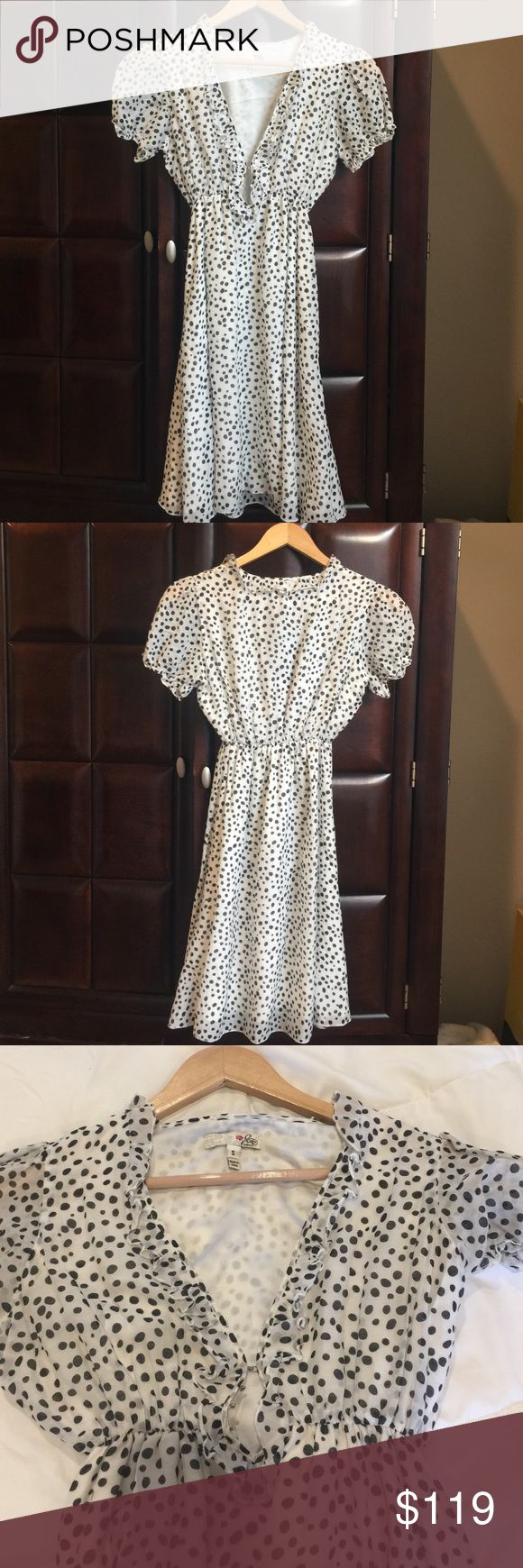 Joie | Dress/tunic | Small Joie black and white polka dot dress size small, cotton/silk material. Hook and eye on front, rouching at the waist and ruffle at the neckline Joie Dresses