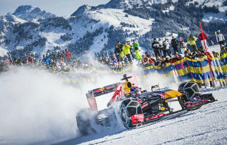 GALERIE: Tomu neuvěříte: Formule 1 se nebojí sněhu, řádí na sjezdovce v Alpách (videa) | FOTO 13 | auto.cz