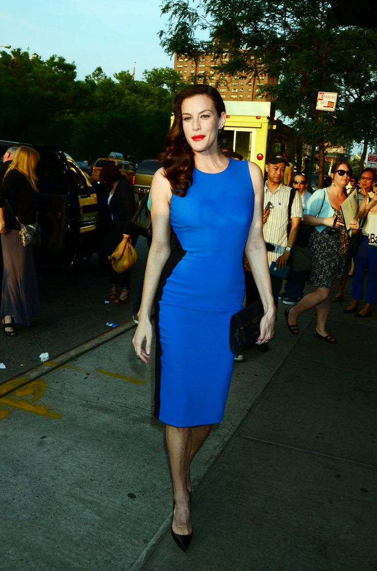 Liv Tyler electric blue dress red lipstick