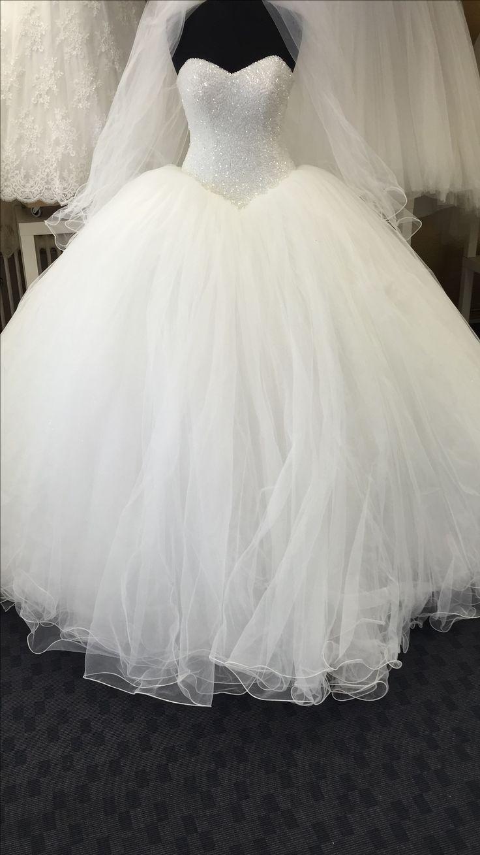 35 besten Brautkleider / Gelinlik Bilder auf Pinterest | Brautkleid ...