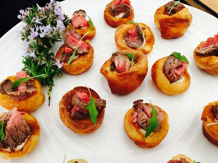 25 best ideas about mini yorkshire puddings on pinterest for Yorkshire pudding canape
