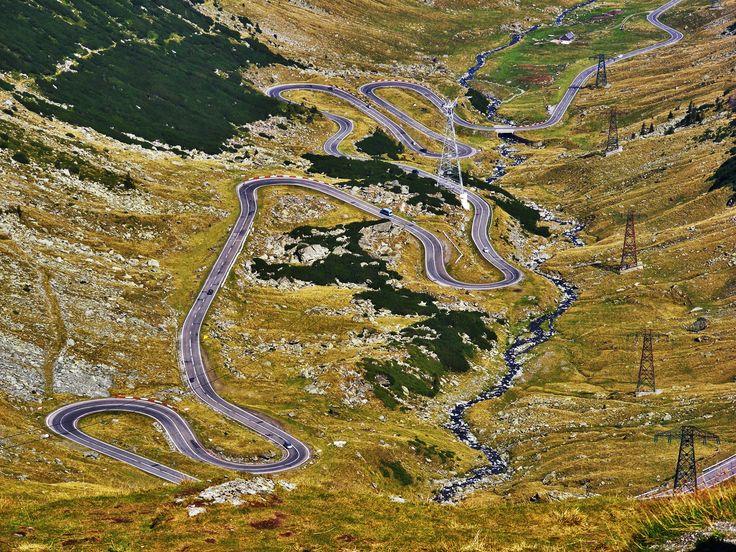 The Amazing Transfagarasan Road in Romania ! http://www.touringromania.com/