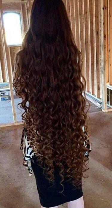 Para el cabello rizado hay muchos productos comerciales que prometen grandes resultados pero la mayoría de ellos contienen siliconas e im...