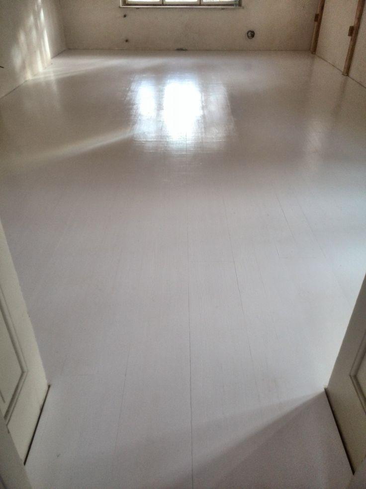 IMG_20150114_120245.jpg (2448×3264)  nová masivní smrková podlaha- bíle tónovaná, lak 43m2