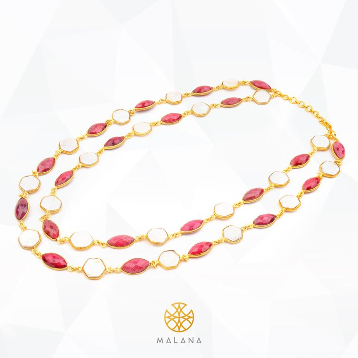 Go glam in this red coral and mother of pearl detachable necklace the next time you want to keep it simple and yet make a statement.   #necklace #malana #malanajewels #instafashion #instaglam #jewels #jewellery #glam #chic #ootd #indian #jewelry #white #red #ootd #style #modern #girl #womanaccessories