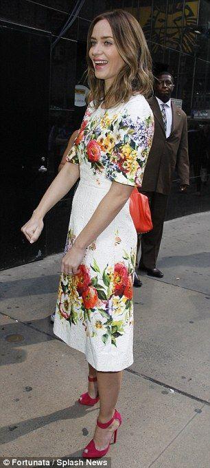 Emily Blunt :: Floral dress