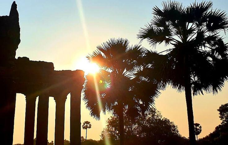 Рассветы в Камбодже. in 2020 Celestial, Sunset, Travel