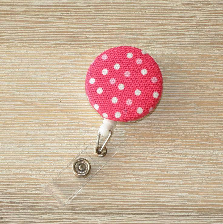 Retractable badge reel, name badge reel, porte-badge, badge porte-nom, infirmière, nurse pin, ID badge holder - pois, dots - pink, rose de la boutique PeachyandMinty sur Etsy