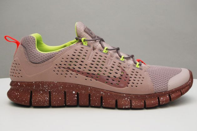 "Nike Free Powerlines+ II 'Diffused Taupe', earth tones, with a bright, pop of ""nightlife""  Type colors"