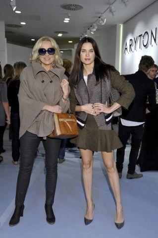 Agata Młynarska i Joanna Horodyńska w salonie #Aryton / zdjęcie: AKPA