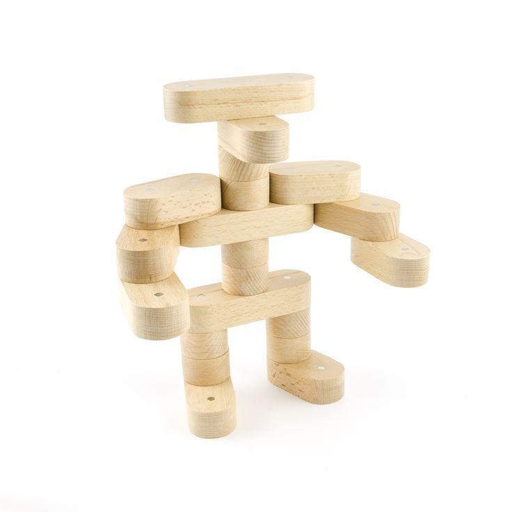 Construit avec des Blocs de bois magnétique NEOBRICK