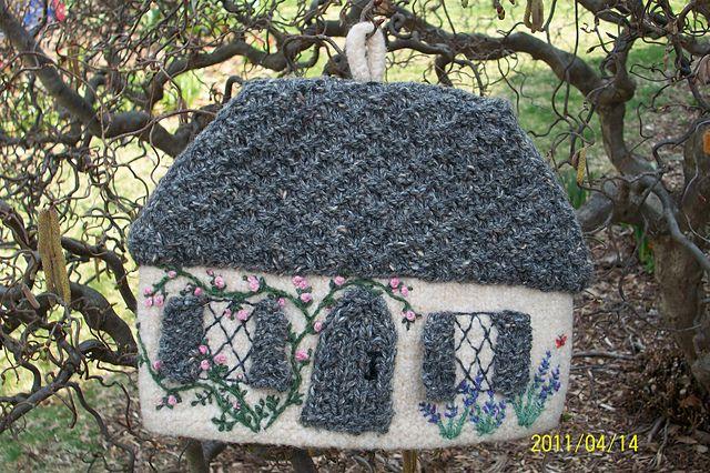 Ravelry: georgianna's Rose Cottage Tea Cosy
