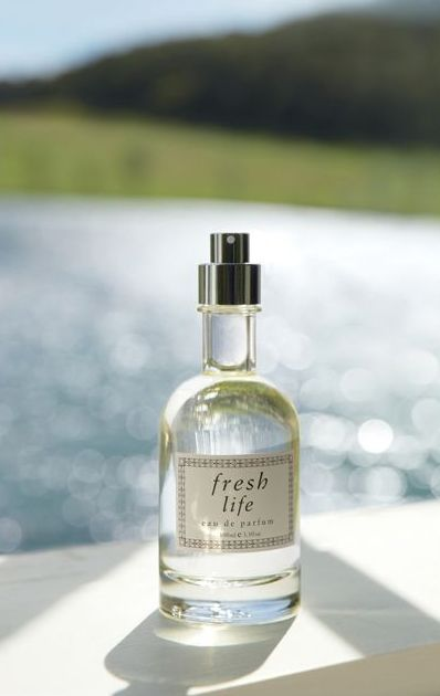 The Fresh perfume collection will be enriched with the new edition named Life, inspired by swimming in a lake in the early summer morning, with the breeze full of pleasant summer aromas. The newest composition owns the refreshing mix of citruses, delicate flowery notes, tea and green notes wrapped with warm and calm nuances.