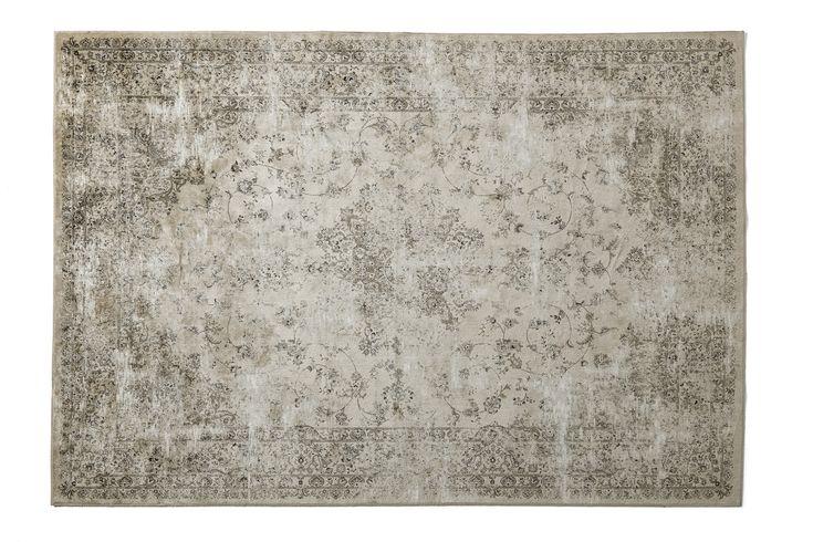 Claudia matta har ett modernt slitet vintageinspirerat mönster. Mattan är lätt och enkel att hantera, kemtvätt rekommenderas.