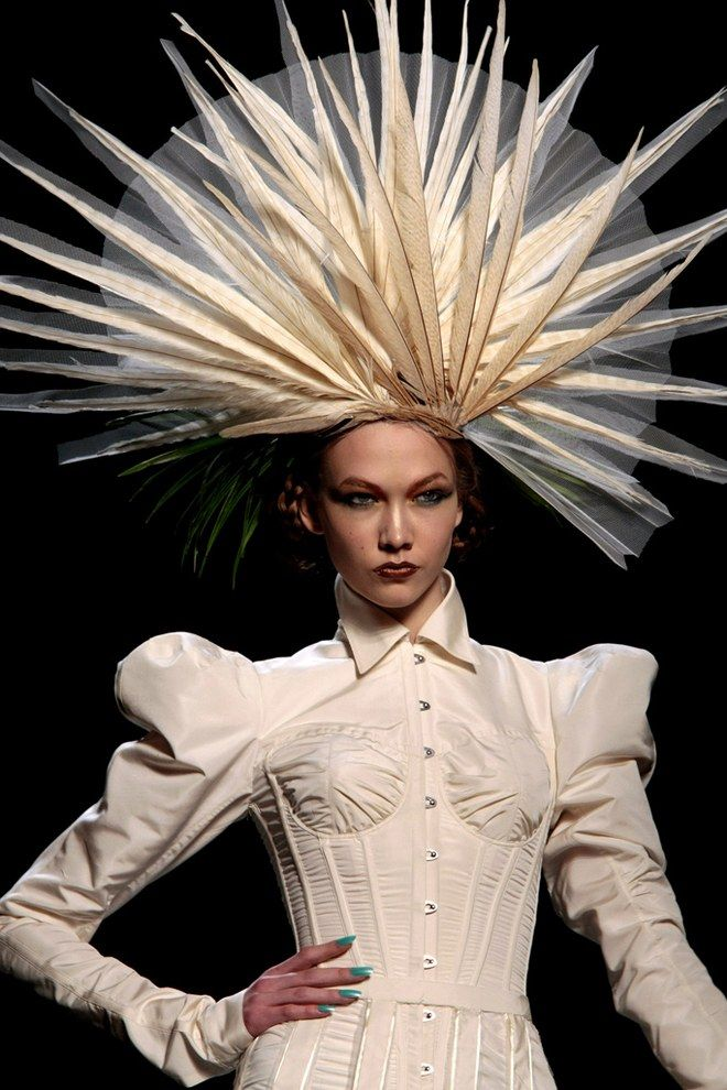 Hat Trick A Brief History Of The Haute Couture Headpiece Vogue Paul Gaultier Spring Fashion Show Jean Paul Gaultier