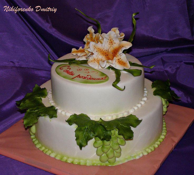 "Торт ""С виноградом"""
