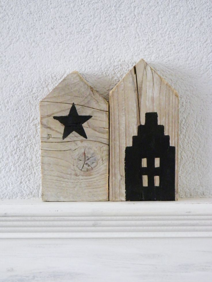 DIY painted house and star on wood ✭ home inspiration decor