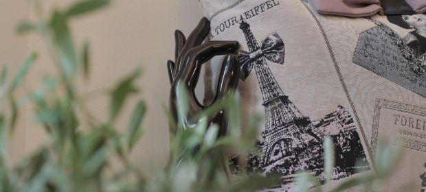 Bloomi s'exporte à l'international! Un projet à financer sur My Major Company. #bloomi #paris #mmc #international #handbags #designer