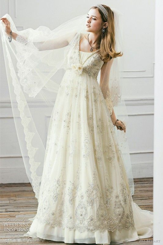 second hand wedding dress