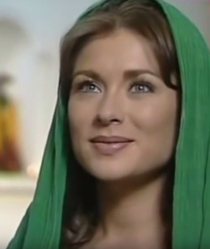 Leticia Calderón ako slepá Esmeralda.