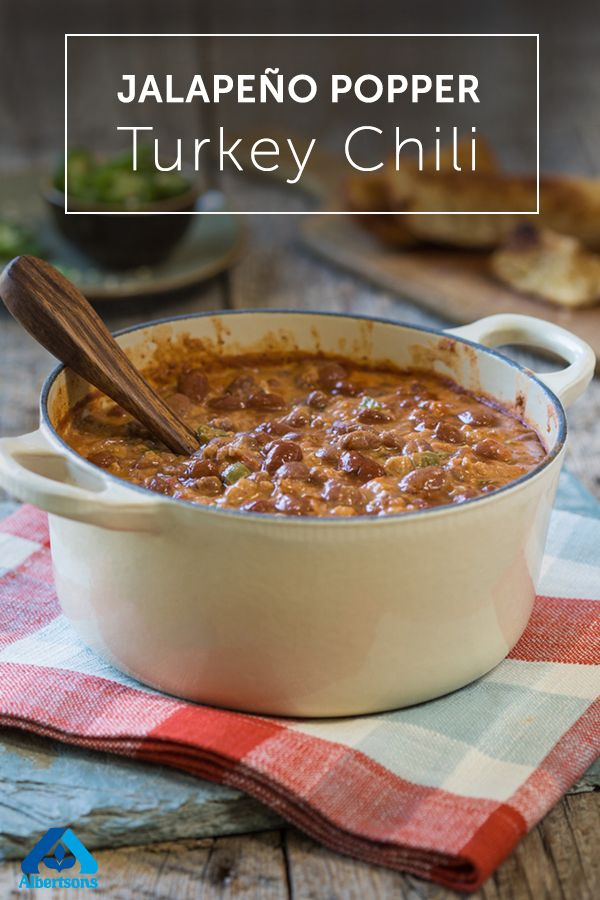 Spice up your chili with this simple Jalapeno Popper Turkey Chili recipe. This soup is full of flavor and only takes 25 minutes to whip up. Heat up dinner tonight with this easy chili recipe!