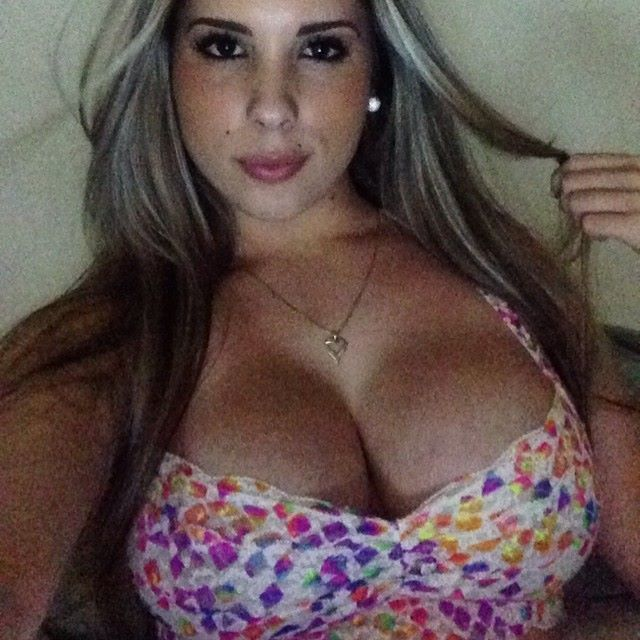 b2cb3567bc84534335b89ba077f91531 that crazy wrap thing bad girls kathy ferreiro taringa! mujeres hermosas❤ pinterest  at bayanpartner.co
