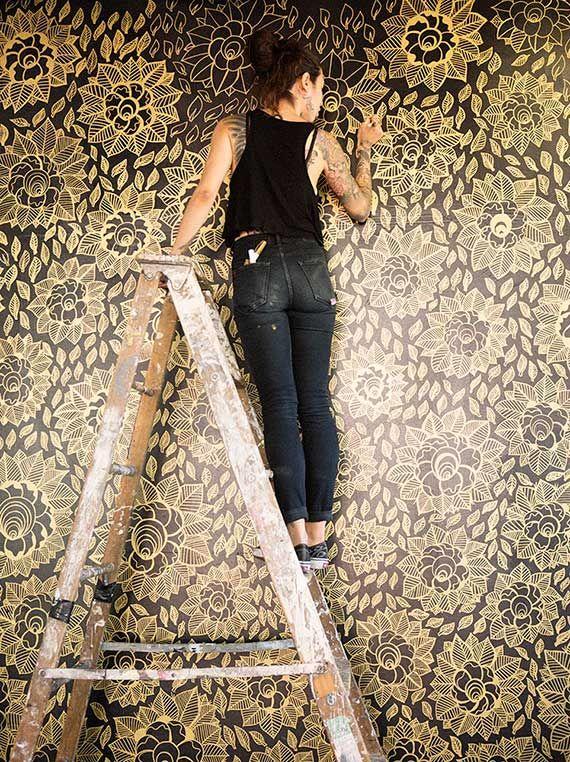 Caneta dourada e parede muito linda! - dcoracao.com - blog de decoração