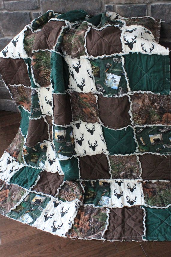 Rag QuiltThrow Quilt Camo Blanket Deer Quilt Hunting by RozonsRags