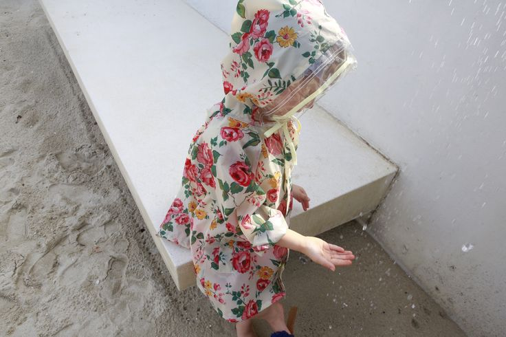 Minchi Claudi Raincoat  Absolute beauty