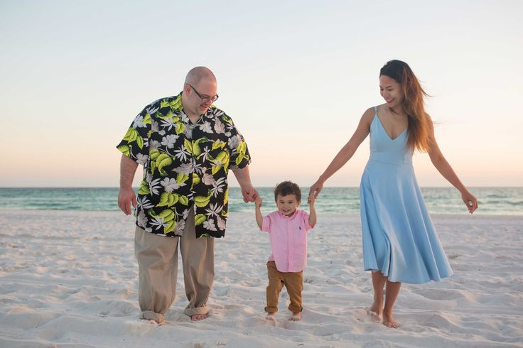 Beach Photography Panama City Beach Fl - https://www.ljenningsphotography.com/beach-photography-panama-city-beach-fl/  family photographer, family photography, family photo ideas, sunset photos on the beach, sunset photos beach, sunset photos family, sunset photos couples, sunset pictures, sunset photography