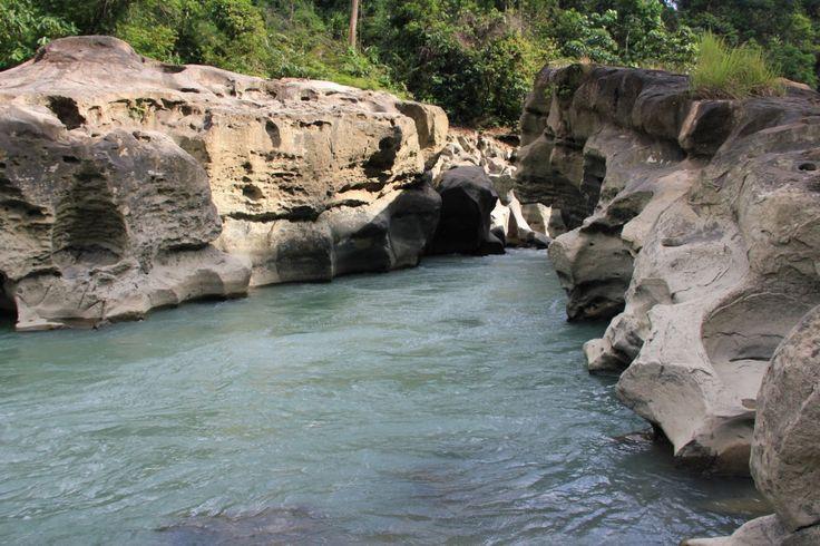Kuala Paret Wisata Sungai dan Air Terjun Mini di Aceh - Aceh