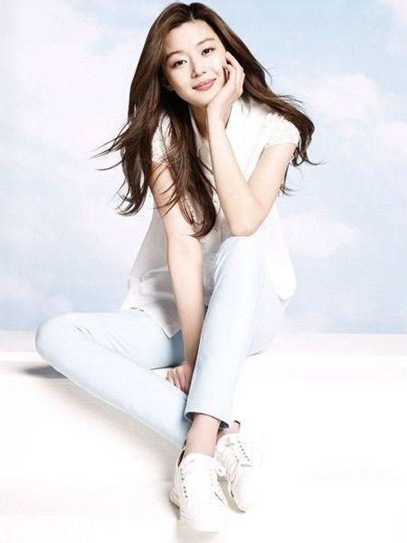 Jun Ji Hyun (전지현) | South Korean actress and model born in 1981