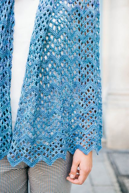 Ripple Shawl pattern by Karen Whooley | Sleeve, Summer and ...