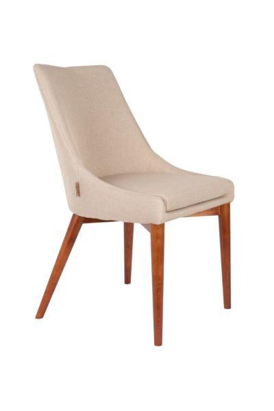 De Juju eetkamerstoel van Dutchbone is een klassieke en stijlvolle toevoeging aan je interieur.