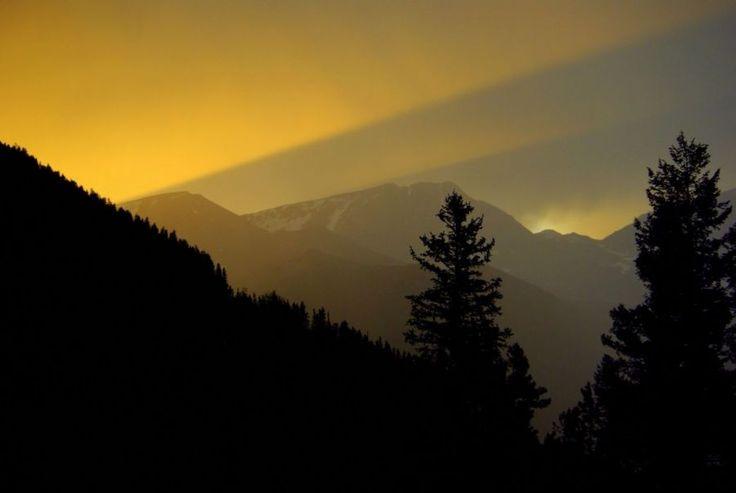 #Sunset in #Estes Park, #Colorado | Picfari.com