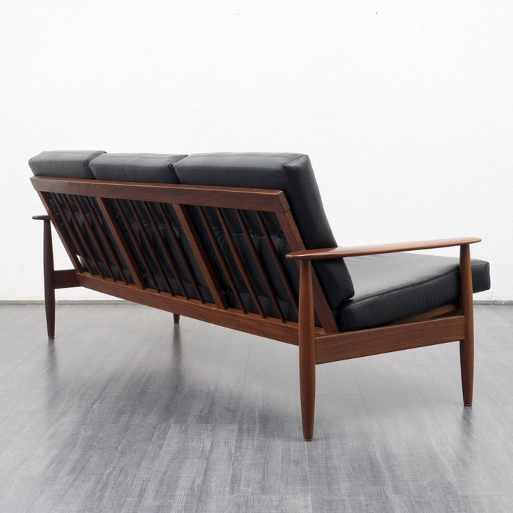 teak-and-black-leather-couch-01