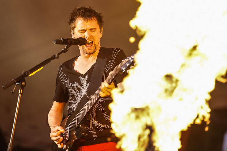 Matt bellamy 2nd law tour