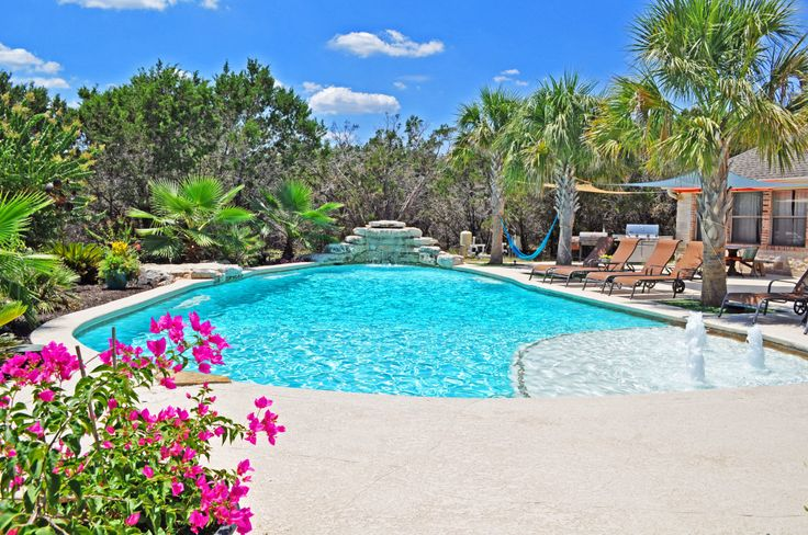 Sundek Classic Texture: The Top Choice of Professional Pool Builders in Comal County http://sundeksanantonio.com/sundek-classic-texture-top-choice-professional-pool-builders-comal-county/