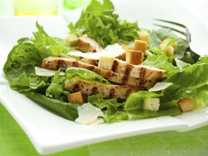 Ensalada de pollo con verduras...