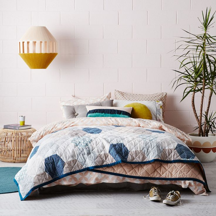 Hexagon Patchwork Printed Cotton Bedcover