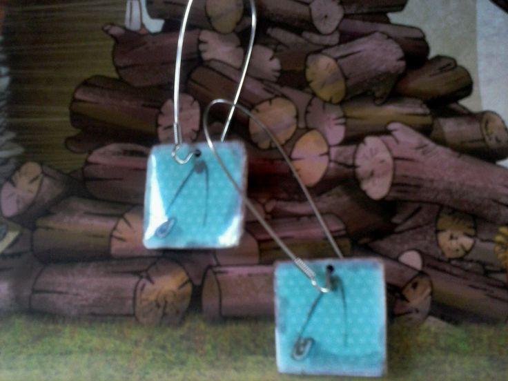 #artepovera #used  #earrings #blue #pins #polka dots #girly #vintage #My ArtePovera!!!!