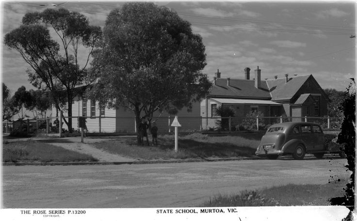 Murtoa School No. 1549. A state school was built late in 1875 facing Duncan St. In 1933 the wooden infant room was erected on the site as a separate building from the main 3-room block. A LTC building was added behind the infant room, after this photograph was taken. Murtoa Primary combined with Murtoa Secondary College in 2000 to become Murtoa College on the College site and the State site abandoned. From the Rose series postcards. c1950s